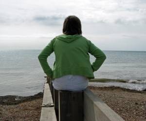 woman-watching-the-ocean