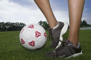 Female+legs+and+a+soccer+ball