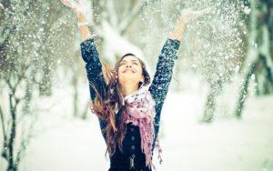 happy winter girl2